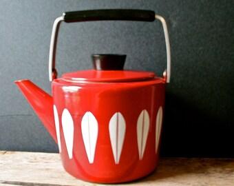 Vintage Cathrineholm Tea Pot Kettle Lotus White on Red Teapot Catherineholm