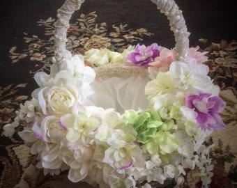 FLOWER GIRL BASKET Wedding accesssories Flower girl Baskets
