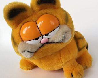 Vintage Garfield Dakin Plush Toy 1981