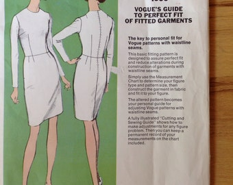 Vogue 1000 Guide to Perfect Fit of Fitted Garments size 14 UNCUT