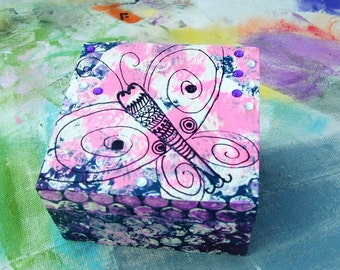 Butterfly Prayer Box Gift box Wooden pink and purple hinged box