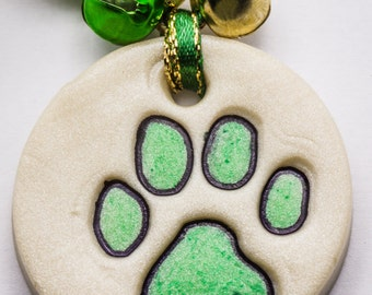 Sale / On Sale / Clearance Jewelry / Jewelry on Sale / Marked Down / Precious Paw Print Ornament - Light Green - OR00036
