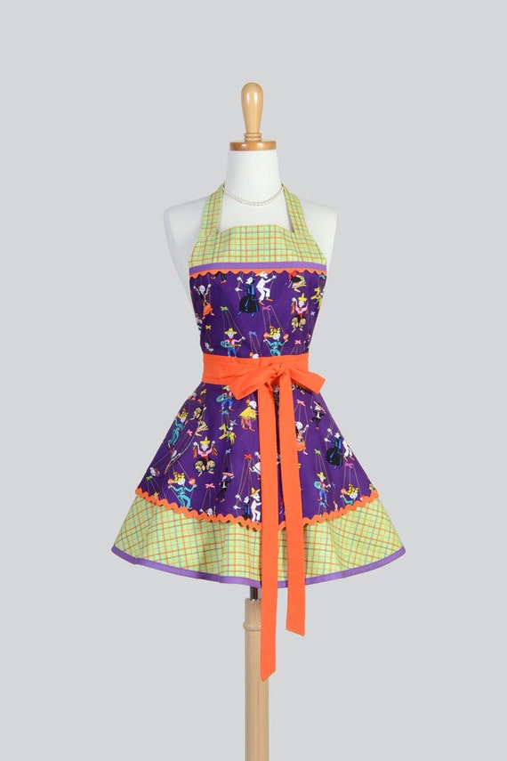 SALE Ruffled Retro Apron Cute Full Vintage Style Kitchen