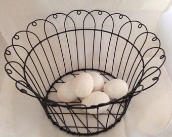 Vintage Wire Farmhouse Egg Basket