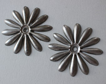 Vintage Silver Metal Flower Findings - Dark Matte Silver Flowers