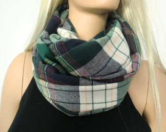 Green and black  plaid flannel winter infinity scarf/ cowl /Loop scarf unisex cotton flannel  ,green tartan Infinity Scarf
