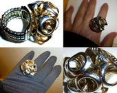 Vintage Modernist Adjustable Ring.  Cool Space Age Design.  Costume Jewelry Ring.
