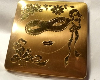 Vintage Masquerade Compact. Powder Vanity. Lady In Mask for Mardi Gras or Halloween. Circa 1950s.