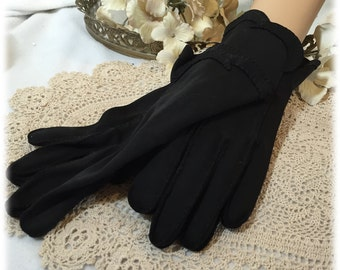 Vintage Ladies Black Finger Gloves Size 6 1/2 - 7 Cool Weather Hand Protection
