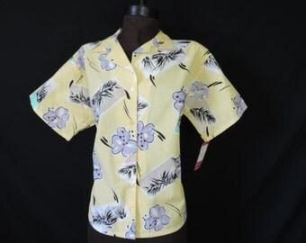 1970's yellow Hawaiian blouse hibiscus floral tiki top small medium large new old stock