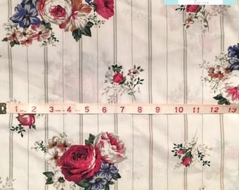 Vintage Roses Bouquet Pillowcase