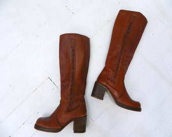 1970s Leather Boots ... Vintage 70s Stacked Wood Heel Boho Boots ... Womens Size 8.5