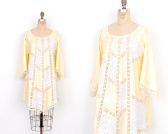 Vintage 1970s Top / 70s Patchwork Lace Tunic / Yellow and White ( S M L )