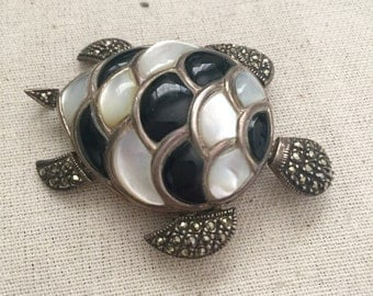 Really Neat Vintage Turtle Pendant/Brooch