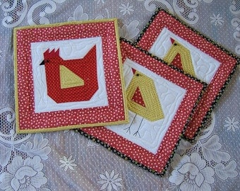 Red Hen and Baby Chicks Pot Holders and Table Mat  /Item #20