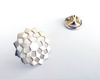 Silver Mashrabiya Lapel Pin. Modern Geometry Sterling Silver Snowflake Pin. Cool Hand Made Design. Recycled Silver Unisex Pin Brooch.