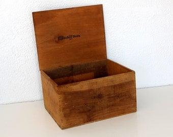 Vintage Wood Stoage Box / Yankee Nests Trademark  / Industrial Storage