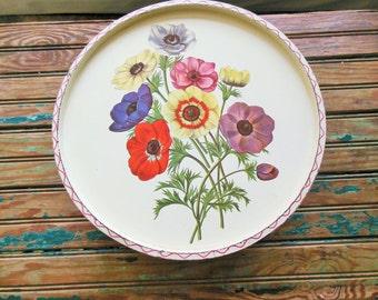 Large Cookie Tin, Cosmos Floral Lid, 3 pound Vintage Kitchen