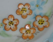 N1525 Vintage Ceramic Flowers Cabochons Floral Pressed Daisy Hand Painted NOS