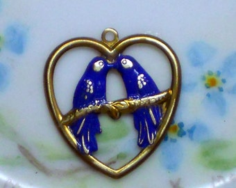 N1381R Vintage brass Charm Birds Patina Cobalt Blue Bird Bluebird Heart Kissing