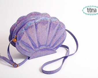 mermaid sea shell bag in lila iridescent glitter faux leather