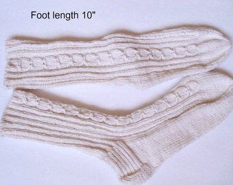 """Socks cotton 100%  hand knit. Non elastic diabet friendly socks . Foot  10"""" . Cabled design and reinforced heels. Ready to ship."""