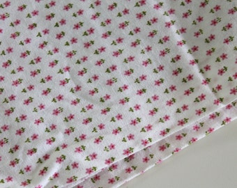 "Vintage 50's cotton Fabric 1950's 34"" w cotton quilting dress fabric tiny cutesy flower pink daisy ditsy print quilting decor fabric 3yd"