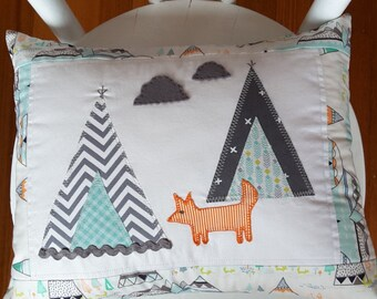 teepee and fox cushion