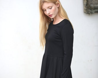 Long sleeves black skater dress / Casual jersey day dress