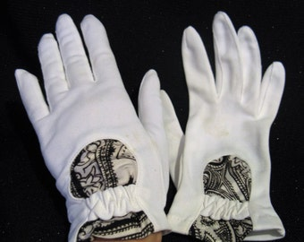 Vintage 60s White Nylon Tea Gloves with Blue and White Inserts, One Size