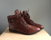 Vintage leather ankle boots lace up booties lug soles 10