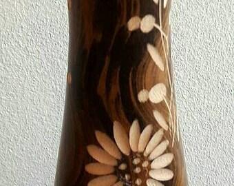 Elegant Hand-turned Mango Wood Vase