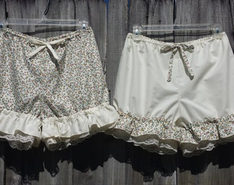Flower print cream bloomers with cream lace and ruffles