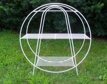 Vintage 1950's/1960's   White Metal Plant Stand