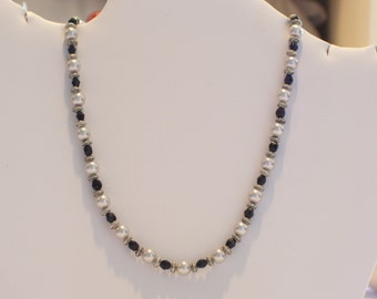 Pearl and Faceted Glass Beaded Necklace