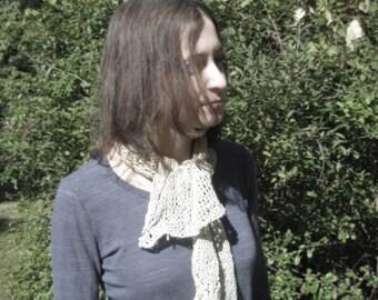 Frost scarflet