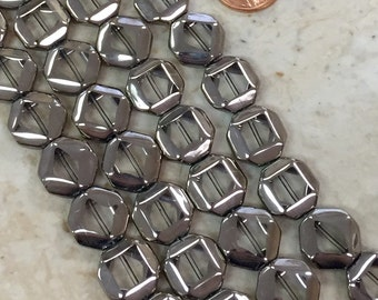Silver Plated Clear Glass Beads / 22 Piece Strand
