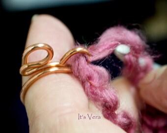 Copper ring, knitting tool, arthritis ring, crochet ring, gift for crocheters, crochet ring, crochet yarn, knitting rings, yarn, wool