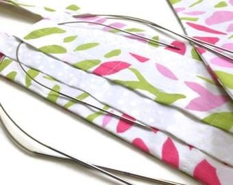 Hanging Organizer Circular Needle Storage Case Pink Green Floral Fabric 30 Slot Holder for Circular Knitting Needles