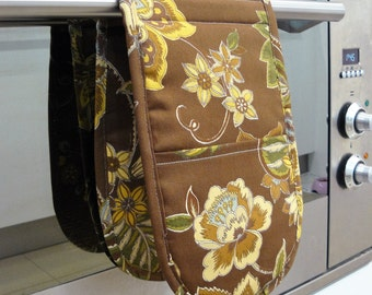 Double Oven Mitt - beautiful brown and tan flowers