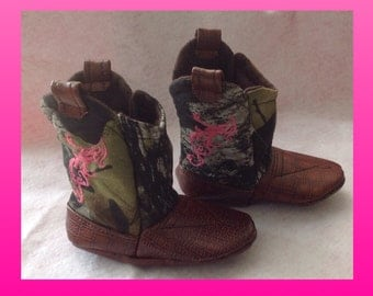 Baby Mossy Oak fabric Cowboy Boots with leather, CHOOSE YOUR fancy stitching COLOR / Newborn boots / Infant Boots / Toddler Boots