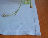 Vintage Swedish Linens: Raw blueberry
