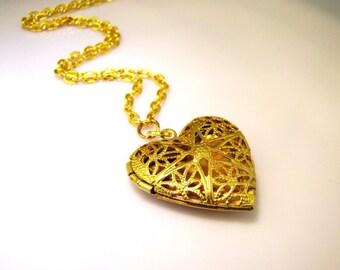 SALE Gold Locket - Heart Locket Necklace - Vintage Style Jewelry