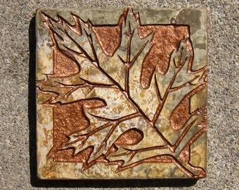 "4""x4"" Tumbled Earth - Black Oak Leaf with Copper Inlay - Etched Slate Tile - SRA"