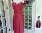 Vintage 50s 1950s Barbizon Taffreda Ox Blood Slip Burgundy Full Slip White Embroidered Floral Accents Side Zipper 40