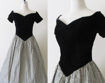 50% OFF SALE Vintage 1980's Party Dress / Black Velvet Bodice Cocktail Dress / Gingham Taffetta Formal Holiday Prom Dress / Circle Skirt 80'