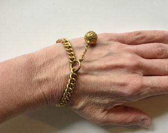 Antique Victorian Gold Curb Chain Bracelet