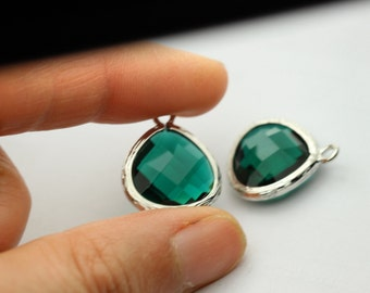 2 pcs emerald  green drop , green pendant green cz pendant