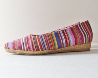 back to school sale // Vtg 80s Striped Tapestry Fabric Wedges - Women 8.5 - Beacon Espadrilles, rainbow, boho vibe