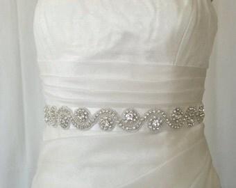 Elegant Wave Rhinestone Beaded Wedding Dress Sash Belt